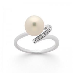 Bague Perle Akoya Japon 8,5-9mm et Diamants 0,06 Carat H SI Or blanc
