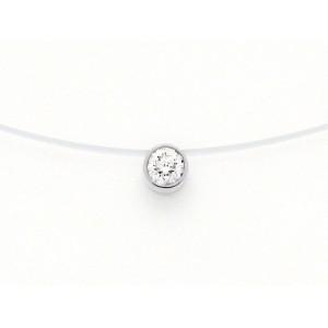 Pendentif diamant 0,22 Carat G VS serti clos sur fil nylon Or blanc