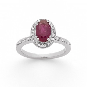 Bague Rubis 1,96 Carats entourage Diamants 0,23 Carat G SI Or Blanc