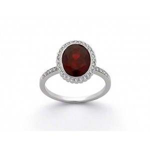 Bague Grenat Almandin 3,19 Carats entourage Diamants 0,20 Carat G VS Or blanc