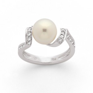Bague Perle Akoya Japon 8,7mm et Diamants 0,35 Carat H SI Or blanc