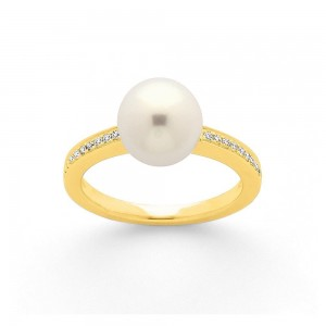 Bague Perle Akoya Japon 8,5mm et Diamants 0,10 Carat H SI Or jaune