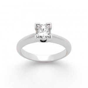 Solitaire Diamant taille princesse 1,02 Carats H VS1 Or blanc