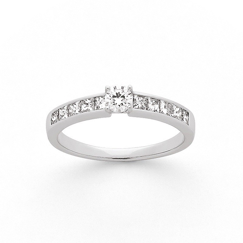 Solitaire Diamant 0,20 Carat G SI 4 griffes accompagné 0,50 Carat Or blanc