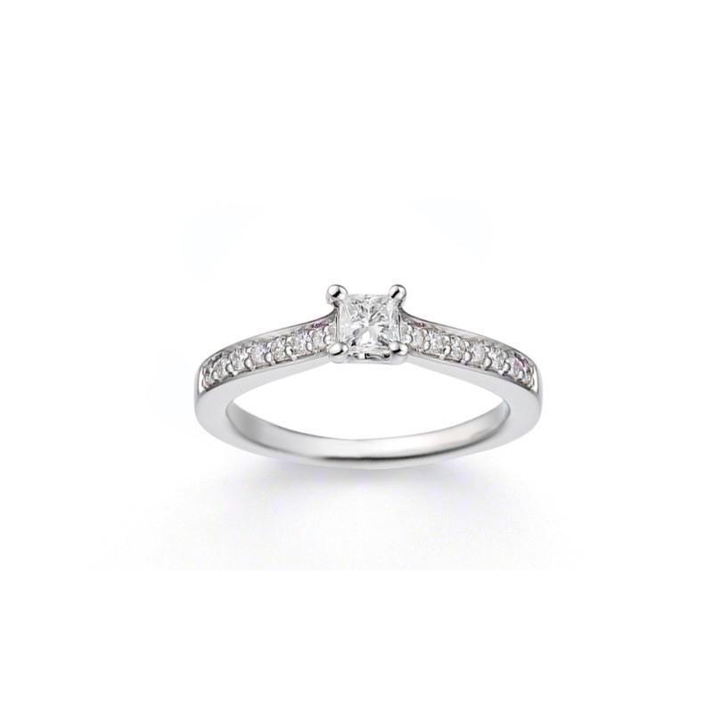 Solitaire Diamant taille princesse 0,15 Carat G VS2 4 griffes accompagné 0,10 Ct